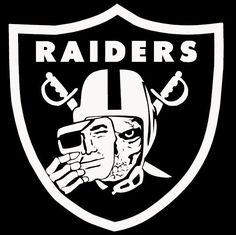 Raiders Football Team, Football Clip Art, Oakland Raiders Football, Raiders Baby, Nfl Football, Okland Raiders, Raiders Pics, Raiders Vegas, Raiders Shirt