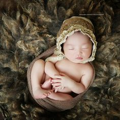 Ana has been photographing newborns solid and steady since 1999. Her work is constantly evolving and there is no end to creativity! All of our props, clothing and accessories are available for your session in our studio. If we are traveling to you, we will bring items with us. You can now relax and