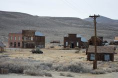 BODIE GHOST TOWN - EASTERN SIERRAS - CALIFORNIA
