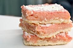 Small Town Life: Strawberry Lemonade Bars...perfect for a hot summer day!