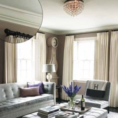 crown molding designs Federal style  -  in low-ceilinged living area
