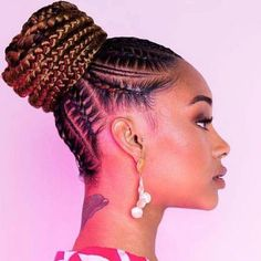 """@magicfingersstudio shared a photo on Instagram: """"Sometimes a beautiful stitch pony is all you need 😍😍"""" • Aug 16, 2019 at 8:02pm UTC Black Hair Updo Hairstyles, Black Women Hairstyles, Small Braids, Jumbo Braids, Curvy Women Outfits, Latest African Fashion Dresses, African Braids, Braided Ponytail, Hair Tools"""