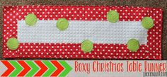 http://www.pieceandquilt.com/2013/11/boxy-christmas-table-runner-tutorial.html