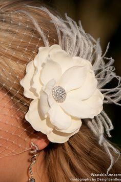 Birdcage veil and Vintage inspired Blusher and Detachable Bridal Fascinator Magnolia Wedding Reception - Evelyn. $63.00, via Etsy.