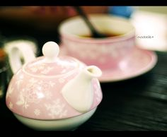 tea for one set in pink