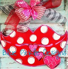 In Stock Valentine's Day Door Hanger by BluePickleDesigns on Etsy, $40.00