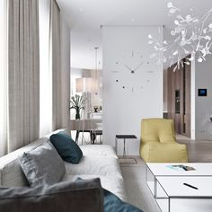 white-living-room-with-pastel-accent-colors.jpg 1,200×1,200 像素