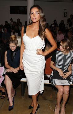 Shay Mitchell sports black and white for the second day in a row at the Peter Som show. via @stylelist