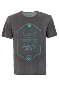 841fbf3fc Camiseta Mandi Industry Cinza