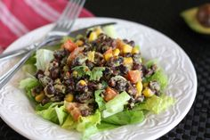 Spicy Black Bean Guacamole Salad by oatmealwithafork #Salad #Black_Bean #Avocado #oatmealwithafork