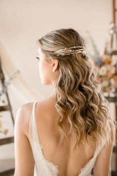 Soft curls wedding hairstyle  Photo: @kerstinhahnphotography