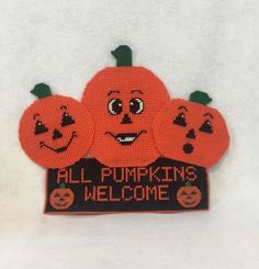 Vintage HALLOWEEN Pumpkins ALL PUMPKINS WELCOME Plastic Canvas Crafts COMPLETE  | eBay