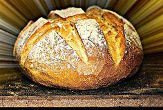 Μοσχοβόλησε το σπίτι ζεστό ψωμί... Greek Bread, Bread Without Yeast, Dutch Oven Bread, Bread And Pastries, Greek Recipes, Yummy Recipes, Bread Baking, Pain, Food To Make