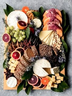 Charcuterie Recipes, Charcuterie And Cheese Board, Charcuterie Platter, Cheese Boards, Charcuterie Spread, Best Cheese, Meat And Cheese, Wine Cheese, Cheese Fruit