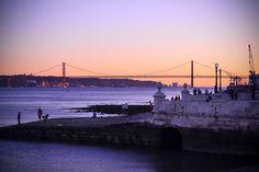Atardecer en Lisboa by sca13, via Flickr