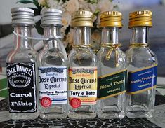 Mini Liquor Bottles, Vodka Bottle, Bar, Alcohol, Drinks, Daddy, Food, Wedding Things, Wedding Boutonniere