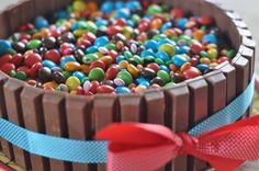 Kit Kat - M&M cake