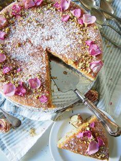 Love Cake, Tiramisu, Persian, Sugar, Baking, Coffee, Ethnic Recipes, Food, Kaffee