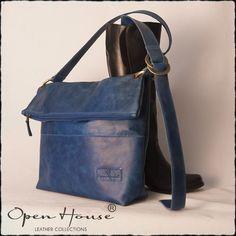 La mejor combinación para ese look que buscas. info. www.openhouse.com.co #openhousecuerocolombiano #moda #boutique #ropa #carteras #bags #colombia