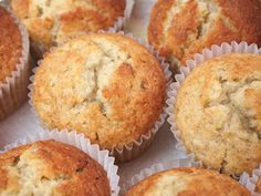 Thermomix Banana Muffins - these are delicious a few days later too - so moist - Banana Recipes 🍌 Thermomix Banana Muffins, Thermomix Desserts, Dessert Recipes, Thermomix Cupcakes, Banana Recipes, Muffin Recipes, Bellini Recipe, 21 Day Fix, Sweet Recipes