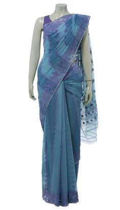 Two shades of blue striped Jamdani with all over traditional purple flower motifs and golden zari buti. The par has the same traditional purple motifs with golden zari butis. This saree comes with a matching blouse piece. Jamdani Saree, Silk Sarees, Saree Blouse, Sari, Teal Blue, Indian Outfits, Shades Of Blue, Blouse Designs, Tie Dye Skirt