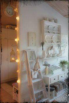 VillaHovin eloa...love that ladder and lights always make everything pop. :)