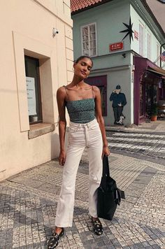 Stylish Everyday Outfits To Get You Through The Rest Of Summer – M