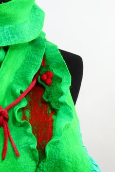 Christmas gift for her green and red felted scarf by nafanyafelt