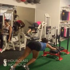 (click through to view vid on IG) ❤️HOURGLASS WORKOUT❤️ (in-person classes) 🇨🇳🇩🇪 International Expansion 🇺🇸🇮🇹 Be the first to bring Canada's TOP women's workout to your city!!!!!!!! . .🙋 WHO: any certified personal trainer or fitness instructor (male or female) anywhere in the world. .💪  👯 HOW: Go to ' HourglassWorkout.com/Careers ' to register