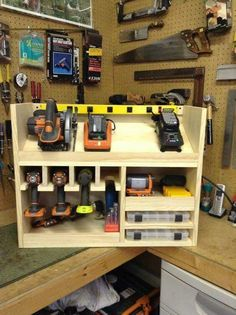 Cordless drill storage and charging station & DIY projects for everyone! Cordless drill storage and charging station & DIY projects for everyone! The post Cordless drill storage and charging station Woodworking Bench, Woodworking Shop, Woodworking Projects, Wood Projects, Woodworking Basics, Woodworking Techniques, Woodworking Classes, Youtube Woodworking, Woodworking Workshop