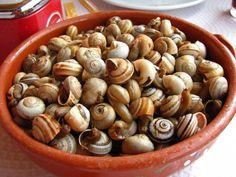 Portuguese food :)   caracóis    Bela dose de caracóis  com uma cerveja fresca que delicia! Uma delicia
