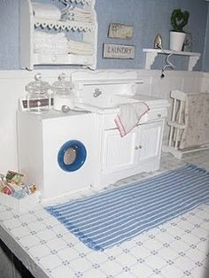 dollhouse miniature laundry rooms | Want these walls in the dh bathroom