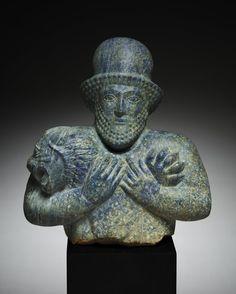 Median Lion Strangler. Iran, Achaemenid, first half of 5th century.