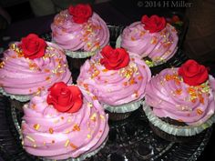 Adorable #rosette #cupcakes especially made for a #kidsspa #party