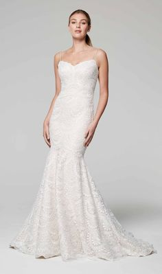 Lace trumpet wedding dress with sweetheart neckline and spaghetti straps | Anne Barge | Style: ZURIE #sweetheart #annebarge #zurie #fitandflare