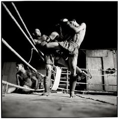 Sparring (very strong romantic sweetest guy.) I hate it! Mma Boxing, Kick Boxing, Muay Thai Workouts, Boxing Lessons, Sweet Guys, Combat Sport, Success And Failure, World Of Sports, Stand Up