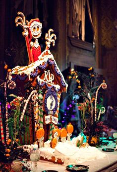 Every Halloween since the Disneyland Resort has a really fun tradition of building a giant gingerbread house in the ballroom scene of Haunted Mansion Holiday. Here's a shot of the gingerbread. Disneyland Halloween, Holidays Halloween, Halloween Fun, Halloween Decorations, Disneyland Christmas, Halloween Gingerbread House, Gingerbread Houses, Gingerbread Cookies, Candy House