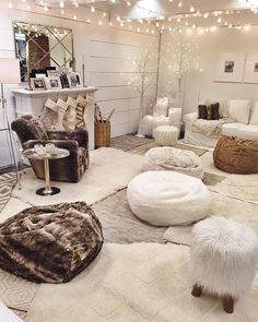 Faux-fur beanbags Sink into a cozy beanbag for movie watching, game playing or afternoon lounging. Available in different colors and patterns!