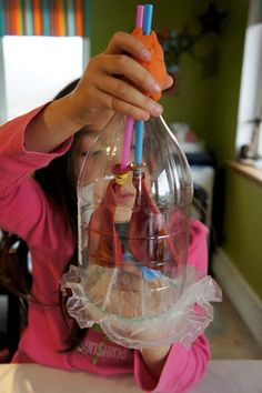 Model Lung: A two-liter bottle, straws, balloons, and a plastic bag make a realistic working lung model. Great for providing education on asthma and cystic fibrosis. #practicingplay #childlife