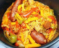 La meilleure recette de RIZ AUX SAUCISSES au COOKEO! L'essayer, c'est l'adopter! 5.0/5 (3 votes), 6 Commentaires. Ingrédients: 150 de riz 3 poivrons tricolores 1 oignon 1 boite de tomate concassée 7 petites carottes chorizo doux lardons 2 saucisses de toulouse 4 merguez au curry (vous mettez ce que vous voulez comme merguez) 1 sachet de safran 1 bonne cuillère à soupe d'épices espagnole un peu de sel 1 cube de bouillon de poule dans 25 Cl d'eau