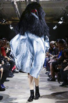 Comme des Garcons Ready To Wear Spring Summer 2016 Paris - NOWFASHION