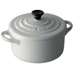 Amazon.com: Le Creuset Stoneware 8-Ounce Petite Round Covered Casserole, White: Kitchen & Dining