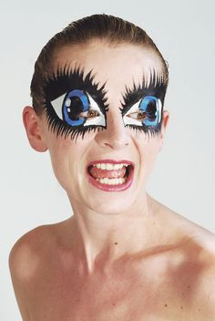 "Told Malia that if she wasn't good, I'd do her eye makeup like this for one of her dance competitions!!! Her response, ""Nooooo!!!"""