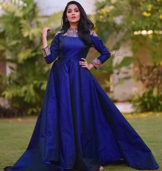 Long Gown Dress, Full Skirt Dress, Long Frock, Indian Wedding Gowns, Indian Gowns Dresses, Stylish Dress Designs, Stylish Dresses, Frocks For Teenager, Frock Photos