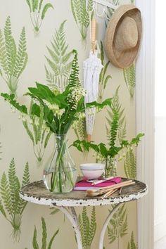 Sanderson's Woodland Fern - leafy wallpaper and fabric #sanderson #leafyfabric #patternspy