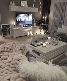 53 affordable apartment living room design ideas on a budget 31 - 16 room decor Apartment design ideas Living Room Decor Cozy, Living Room Grey, Home Living Room, Apartment Living, Living Room Designs, Living Room Goals, Cozy Apartment, Table For Living Room, Living Room Ideas On A Budget