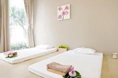 Thai massage asoke