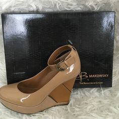 Makowsky Wedges Mint condition Shoes Heels