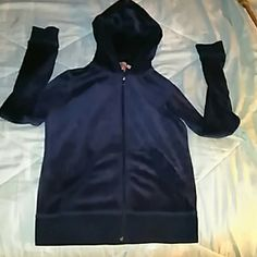 Velvety Juicy conture size small hoodie Juicy conture size small hoodie Juicy Couture Tops Sweatshirts & Hoodies