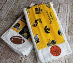 Hey, I found this really awesome Etsy listing at http://www.etsy.com/listing/157487796/baby-burp-cloth-set-iowa-hawkeyes
